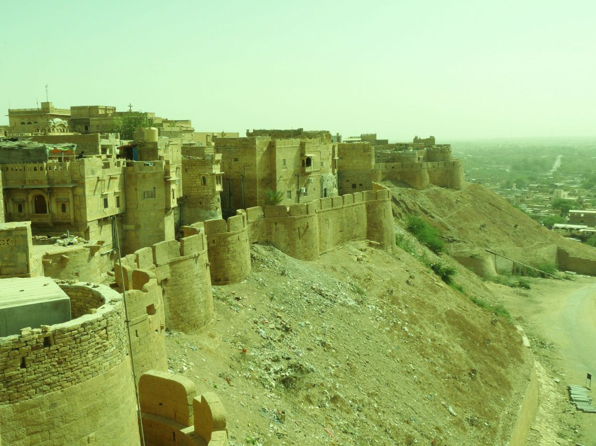 gold is where the heart is jaisalmer golden fort a