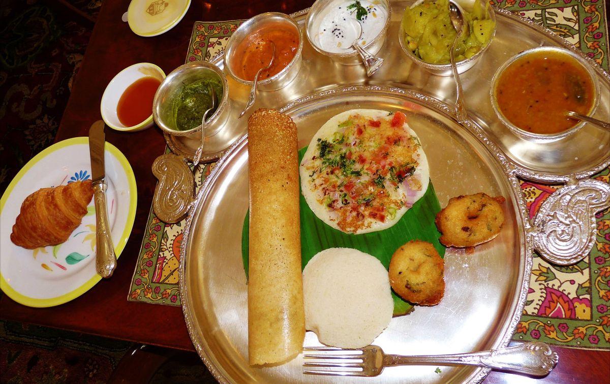Huge South Indian Breakfast Platter In Rajput Room Taj