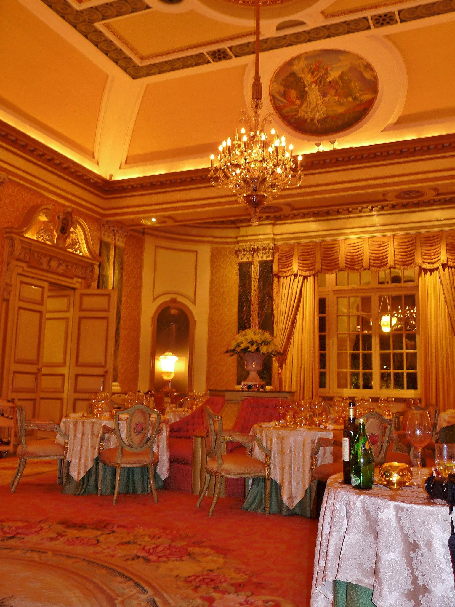 Exquisite interior of suvarna mahal indian restaurant