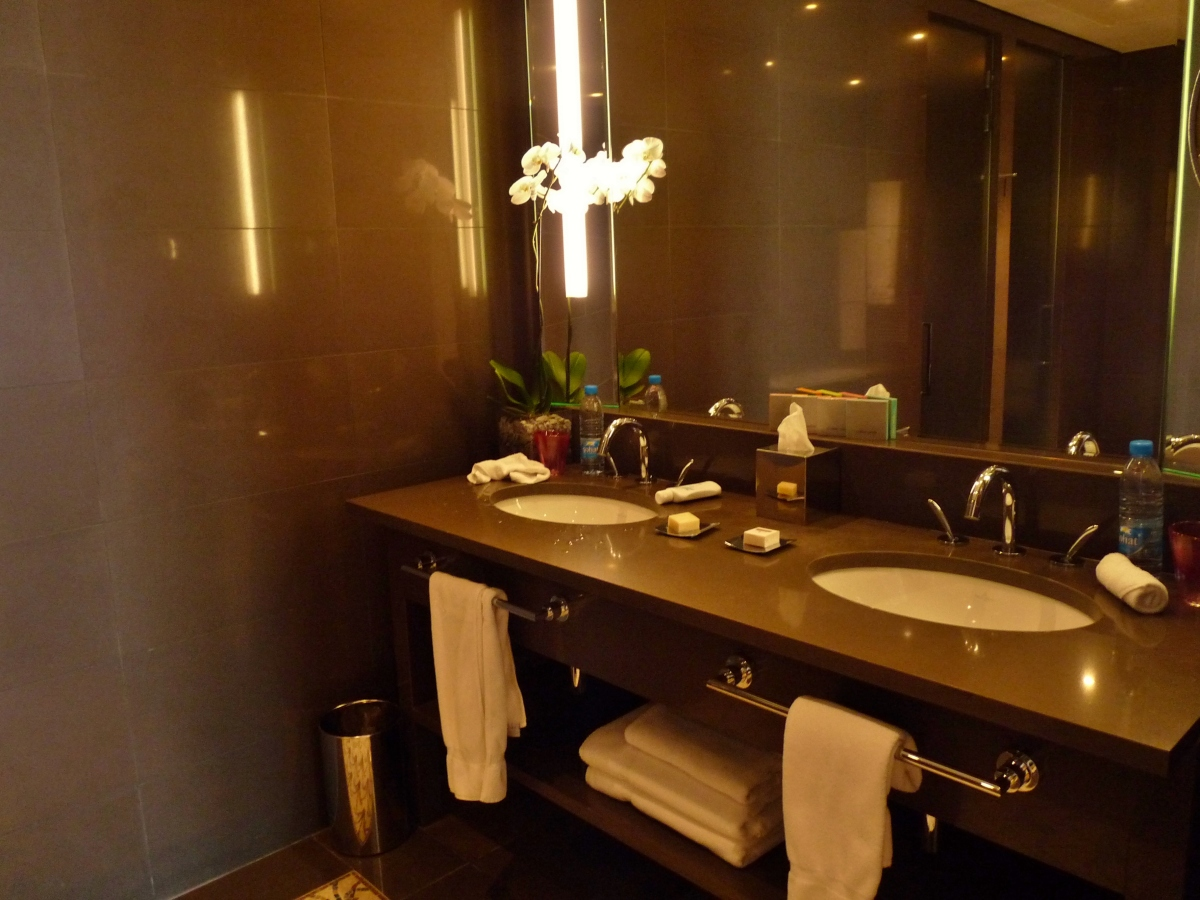 Stone Tile Modern Design Interior Bathroom Le Gray Luxury Hotel Beir