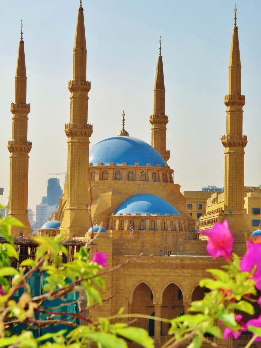 """""""Mohammed Al-Amin"""" """"mosque"""" """"downtown"""" """"beirut"""" """"martyrs square"""" """"place des martyrs"""" """"hariri"""" """"assassination"""" """"president""""  """"middle east"""" """"sights"""" """"travel"""" """"conflict"""" """"war"""" """"civil war"""""""