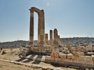 """citadel"" ""amman"" ""jordan"" ""middle east"" ""jebel al qelaa"" ""viewpoint"" ""heritage"" ""history"" ""pillars"" ""sights amman"" ""things to see jordan"""