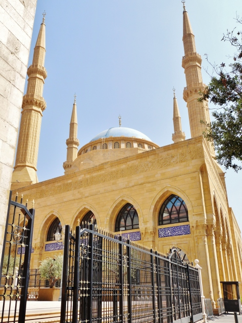 """""""mohammad al amin"""" """"mosque"""" """"downtown"""" """"beirut"""" """"lebanon"""" """"middle east"""" """"ruins"""" """"acchitecture"""" """"history"""" """"legacy"""" """"hariri"""" """"prime minister"""" """"civil war"""" """"restoration"""""""
