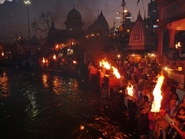 """""""aarti"""" """"india aarti"""" """"haridwar prayer"""" """"haridwar evening prayer"""" """"haridwar aarti"""" """"haridwar ganga"""" """"river ganges"""" """"india"""" """"travel"""""""