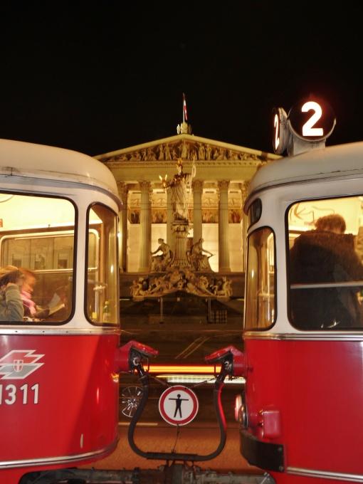 """""""streetcar vienna"""" """"viena tram"""" """"public transport vienna"""" """"praliament vienna""""  """"vienna history"""" """"sights vienna"""" """"solo female travel vienna"""" """"sights vienna"""" """"walking tour vienna"""" """"night tour vienna"""" """"austria sights"""" """"historical sights vienna"""" history vienna"""" """"austria sights"""""""