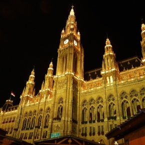 ONE NIGHT IN VIENNA: 1st time solo female travelAustria